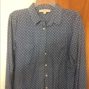 LOFT blue and white flower patterned button down
